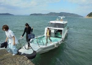 瀬戸内海の塩飽諸島での訪問診療体験風景